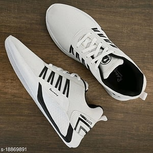Relaxed Graceful Men Sports Shoes